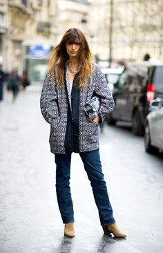 Caroline de Maigret looking effortlessly Parisian. How to be Parisian