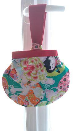 Pochette Kocotte en coton japonais cousue par Camille - Patron Sacôtin