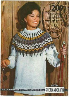 Stjerne 209 Vintage Knitting, Lace Knitting, Knitting Patterns, Knit Crochet, Crochet Patterns, Icelandic Sweaters, Knit Sweaters, Norwegian Knitting, Sweaters For Women