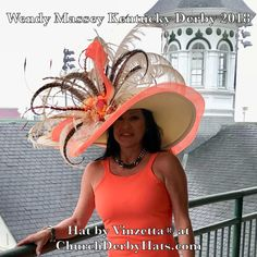 Kentucky Derby Outfit, Kentucky Derby Fashion, Derby Attire, Derby Outfits, Funky Hats, Crazy Hats, Big Hats, Chapeaux Pour Kentucky Derby, Derby Dress