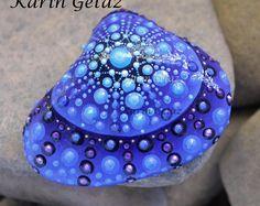Mandala Rock, Mandala Stein, bemalten Stein, bemalten Stein, Miniatur-Kunst, Schmuck-Stein, etwas blau, Mandala-Kunst, Punkt Kunst, einzigartige Stein