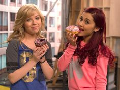 show me a picture of a pink cat | Sam and Cat Lesbian