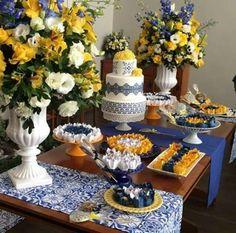 Bolos de festa Cake Table Decorations, Flower Decorations, Engagement Decorations, Wedding Decorations, Wedding Ideas, Baby Shower, Bridal Shower, Mother Brunch, Sicily Wedding