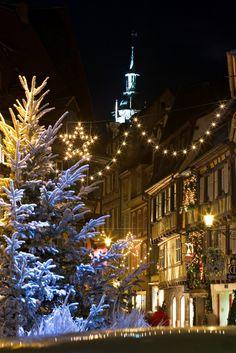 Les illuminations magiques - Marché de Noël, Colmar, Alsace (www.noel-colmar.com)