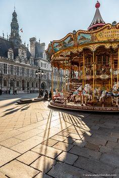 Paris Landmarks - 17 Iconic Places You Should See and a Helpful Map Paris Travel, France Travel, France Photography, Travel Photography, Paris Landmarks, London Blog, Beautiful Paris, Most Romantic Places, Paris France