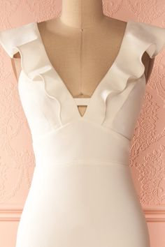 Xana Tendresse - White frill neckline maxi dress