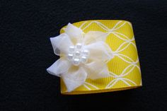 Hey, I found this really awesome Etsy listing at https://www.etsy.com/il-en/listing/222337221/wedding-napkin-rings-yellow-and-white