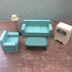 """Strombecker Vintage Living Room Set 