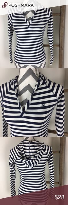 VINEYARD VINES striped hoodie This top is in great condition! No marks! True to size. 17 inches across the bust. 100% cotton. Machine wash warm delicate. Non-smoking pet free home.                                                                 suggested user • fast shipper                        bundle to save 15% 300+ items Vineyard Vines Tops Sweatshirts & Hoodies