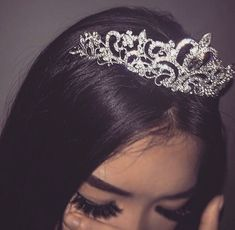 quote: always walk around like you have on an invisible tiara
