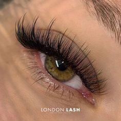 Natural Fake Eyelashes, Perfect Eyelashes, Fake Lashes, Long Lashes, Russian Eyelash Extensions, Eyelash Extensions Salons, Russian Eyelashes, Eyelash Technician, Eyelash Extension Supplies