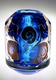 Vicke Lindstrand (Swedish, 1904-1983), Orrefors, Ariel Glass Vase.
