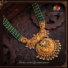 Don't Miss These Royal Looking Necklace Designs!! • South India Jewels Pearl Necklace Designs, Gold Earrings Designs, Gold Jewellery Design, Bridal Jewelry, Beaded Jewelry, Bead Jewellery, Antique Jewellery, Gold Jewelry, South India