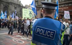 US police gather in Scotland to learn how to protect and serve without guns After a wave of deadly shootings by police on unarmed suspects, US police chiefs have turned to Scotland as a model for less aggressive policing 12.13.15