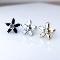 Flower PiercingBarbell Piercing Helix Flower by MirYumJewelry