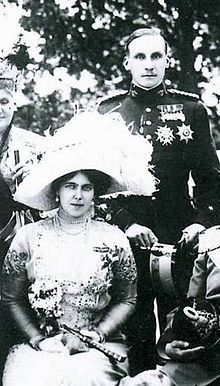 gr-Princess Beatrice of Saxe-Coburg-Gotha and Prince Alfonso de Orleans y Borbón of Galliera in a civil ceremony in Schloss Rosenau, followed by a religious ceremony in St. Augustine's Church in Coburg, Bayern, Germany on 15 July 1909. Three children.