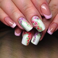 The combination of an elegant french and bright pattern creates a unique nail art, making your nails delicious. To develop ...