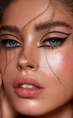 Edgy Makeup, Makeup Eye Looks, Eye Makeup Art, Cute Makeup, Eyeshadow Makeup, Eyeshadow Ideas, Makeup Box, Makeup Tips, Makeup Ideas