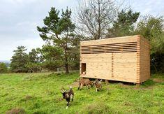 Goat barn in Bavaria by Kühnlein Architektur
