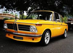 Classic Car News Pics And Videos From Around The World Bmw 2002, Bavarian Motor Works, Bmw 6 Series, Bmw Classic Cars, Bmw Love, Bmw S, Rolling Stock, Vintage Bikes, Car Wheels