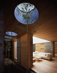 The combination of the bamboo and skylights is a beautiful way to light this Japanese tea room.