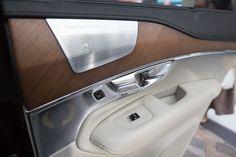 Volvo XC90 interior door