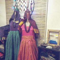 thari by niranjani sundar #thari #designstudio #handwoven #niche #handcrafted #dress #weaversofindia #madeinthari