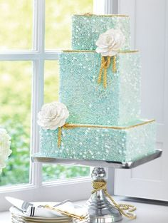 A stunning seafoam wedding cake from Smythe 's Hampton's-inspired reception shoot. ( K K Fleck you had some teal/coastal style items on your board, so this pretty seafoam & gold cake could be sweet and simple and perfect for a mermaid, hehe :) ) Aqua Wedding Cakes, Beaded Wedding Cake, Beautiful Wedding Cakes, Gorgeous Cakes, Pretty Cakes, Cake Wedding, Amazing Cakes, Wedding Mandap, Magical Wedding