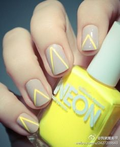 LOVE | Yellow triangle, art, nail