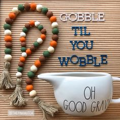 traditional Thanksgiving farmhouse wooden bead garland & matching loop set… – Keep up with the times. Thanksgiving Traditions, Thanksgiving Crafts, Fall Crafts, Holiday Crafts, Wood Bead Garland, Diy Garland, Beaded Garland, Dollar Tree Crafts, Fall Diy