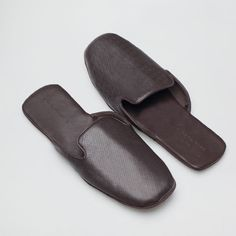 EMBOSSED SLIPPERS - Man - Loungewear & shoes | Zara Home United States Mens Moccasin Slippers, Bridal Sandals, Men's Sandals, Leather Slippers For Men, Bedroom Slippers, Leather Men, Designer Shoes, Lounge Wear, Shoes