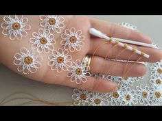 Crochet Lace Edging, Crochet Flower Patterns, Baby Knitting Patterns, Crochet Flowers, Fabric Flowers, Hand Embroidery Videos, Crewel Embroidery, Hand Embroidery Patterns, Beaded Embroidery
