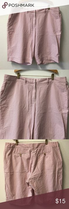"L.L. Bean Seersucker Stripe Bermuda Shorts 18 L. L. Bean Favorite Fit Cotton Seersucker Stripe Shorts women's size 18. 11"" inseam. Excellent preowned condition. 🚫 trades, 🚫 off Posh sales. Reasonable offers welcome. Thank you! L.L. Bean Shorts Bermudas"