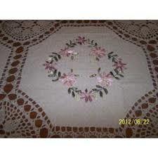 manteles bordados en cinta - Buscar con Google Tablecloths, Silk Ribbon, Elsa, Napkins, Embroidery, Google, Fabric, Decor, Crocheting Patterns