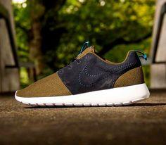 Nike Roshe Run – Dark Loden / Black – Dark Loden / Medium Turquoise