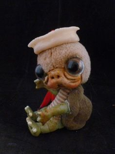 ooak baby miniature baby turtle by No Tua Lyke clay sculpture Bently