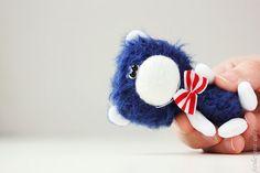 Robert - OOAK Miniature Teddy Bear by Farberova Olga - 65$ - Worldwide shipping with tracking number!