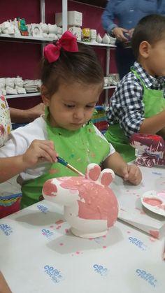 Peppa Pig Pottery Party. Cafe Pintado.