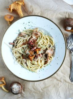 chanterelle with bacon and pasta... easy and so yummy!