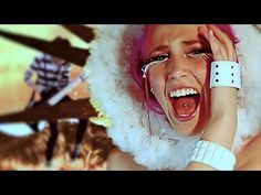 Icon For Hire - Off With Her Head. Ok, I love this song, but this is one of the weirdest things I've ever seen