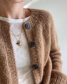 Brown Cardigan, Pullover, Knitting Patterns, Craft, Pretty, Sweaters, How To Make, Outfits, Fashion