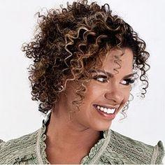Cantora:Nívea Soares  - Minha musica preferida - ( Reina Sobre Mim )
