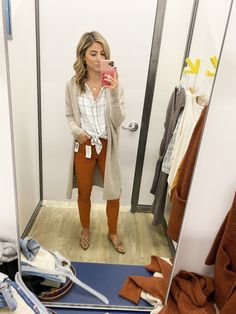 This looks like a cute casual outfit I could wear to work. Casual Work Outfits, Winter Outfits For Work, Work Casual, Dope Outfits, Office Outfits, Comfy Work Outfit, Old Navy Outfits, Spring Outfits, Fashion Outfits