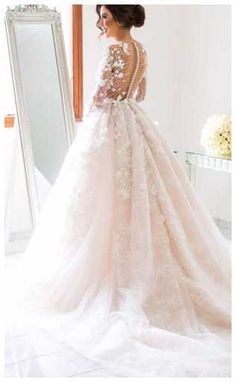Pop Ideas in Choosing the Long Sleeve Wedding Dresses- There will be such surprising things happened wherever you are on you special days. It will also happen whenever you are in your wedding day. And it w... Check more at http://marinagalleryfineart.com/2323/long-sleeve-wedding-dresses