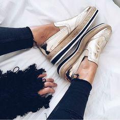 Zara platform metallic loafer Fashion Blogger fav! Never worn! Perfect condition Zara Shoes Flats & Loafers