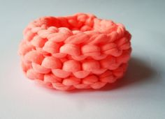 Organic cotton bracelet in neon pinky :)