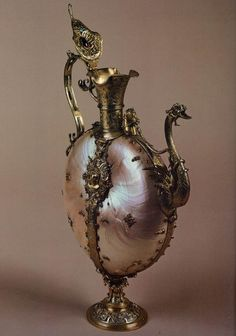 Nautilus Ewer  1590s  Pearls, rubies, and turquoise, mounted with gilt silver, height 30 cm  Galleria Palatina (Palazzo Pitti), Florence