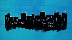 DIA 6: Ed Sheeran - Castle On The Hill  ~I'm on my way, driving at 90 down those country lanes Singing to Tiny Dancer, And I miss the way you make me feel, and it's real When we watched the sunset over the castle on the hill~