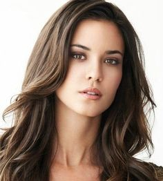 Odette Annable is listed (or ranked) 5 on the list The Hottest Models Who Are Ac.- Odette Annable is listed (or ranked) 5 on the list The Hottest Models Who Are Actresses Brunette Woman, Hot Brunette, Brunette Beauty, Hair Beauty, Most Beautiful Faces, Beautiful Celebrities, Beautiful Eyes, Beautiful Actresses, Actresses With Brown Hair