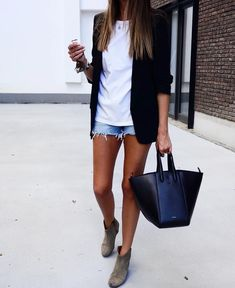 Awesome 50 Top Spring And Summer Outfits Women Ideas. Awesome 50 Top Spring And Summer Outfits Women Ideas. tina jones […] outfit for pictures Mode Outfits, Short Outfits, Casual Outfits, Fashion Outfits, Shorts Outfits Women, Fashion Vest, Fashion Clothes, Fashion Ideas, Fashion Shoes